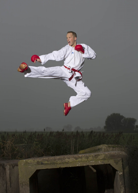 karateka Timothy Petersen